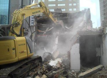 imagem de demolição da Fernandes Souza